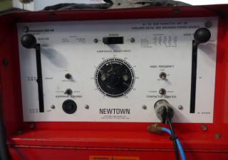 Newtown Premier 250Hf Ac/Dc Tungsten Arc Or Shielded Metal Arc Welding Power Source