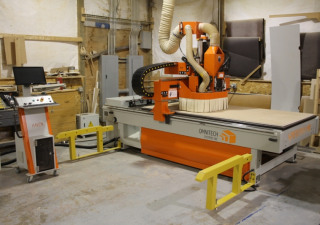 Used Omnitech Systems SPECTRA48 4' x 8' CNC Router w/ Vacuum Unit