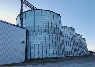 Phenix Rousies Industries Grain / Pellet silos with feed system