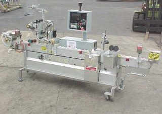 Accraply Pressure Sensitive Wipe On Top Wipe On Labeler