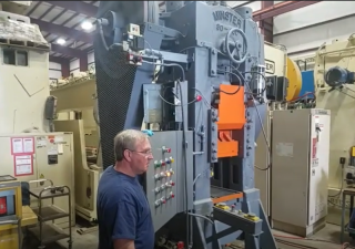 Pre-Owned Minster Knuckle Joint Press 400 Ton Capacity, Model 90-400