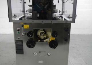 Presse à comprimés rotative Stokes modèle 754 de 10 tonnes