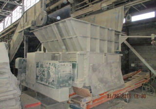 """Déchiqueteuse """"Split-A-Part"""" 250 Hp 80 H X 62″ Republic Machine Rzl62-250-S-20-4-80-D"""