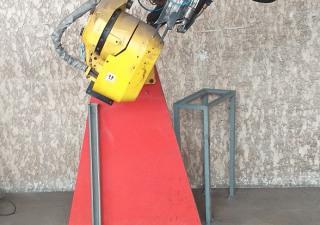 KUKA Fanuc R-J3iC robot year 2010