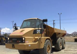2008 Cat 725 Articulated Dump Truck