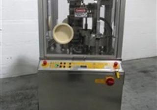 Remplisseur de capsules Zanasi modèle 40F