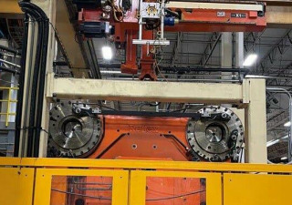 Used 1488 Ton Husky Quadloc Qt1350 Rs155/145 Injection Molding Machine
