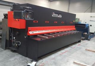 AMADA GPX4008 hydraulic shear