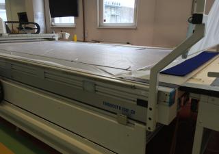Bullmer Turbocut S 2501 CV Conveyor - Automatic cutting machine, cutter
