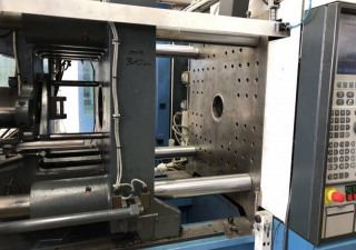 Demag Ergotech system 200 T/560-610 Injection moulding machine
