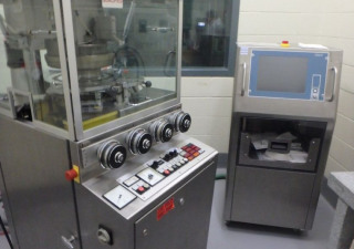 Kilian LX 23 A ST Rotary tablet press