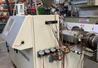 Extrudeuse à double vis en PVC Krauss Maffei Kmd40 2010