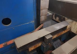 Milling machine - vertical TOS FCV 63 SCA