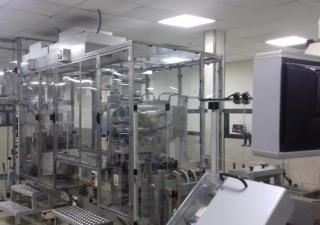Uhlmann UPS 3MT blistering machine + C200 cartoner