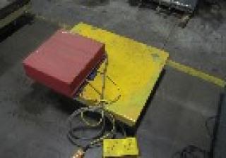 Electrohydrauli Table