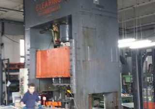 Clearing Press  350 ton