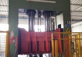 Gigant Press  500 ton
