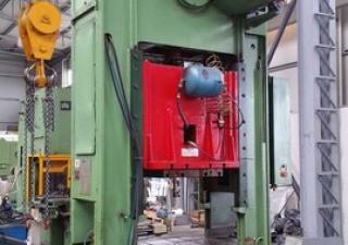 Omera Press  150 ton