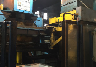 moulding machin HWS HSP - 2D