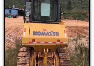 KOMATSU D65EX