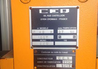 CER P 40 M