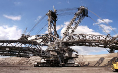 The Top 5 Largest Heavy Equipment in the World: Giant Earth Movers