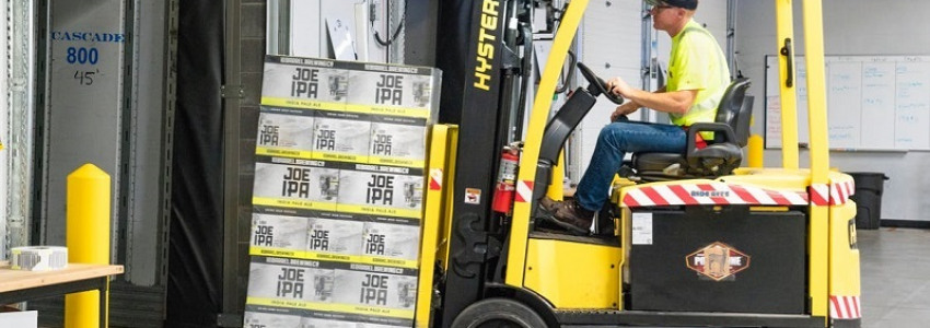 Forklifts: The Key of Efficiency in Warehouses